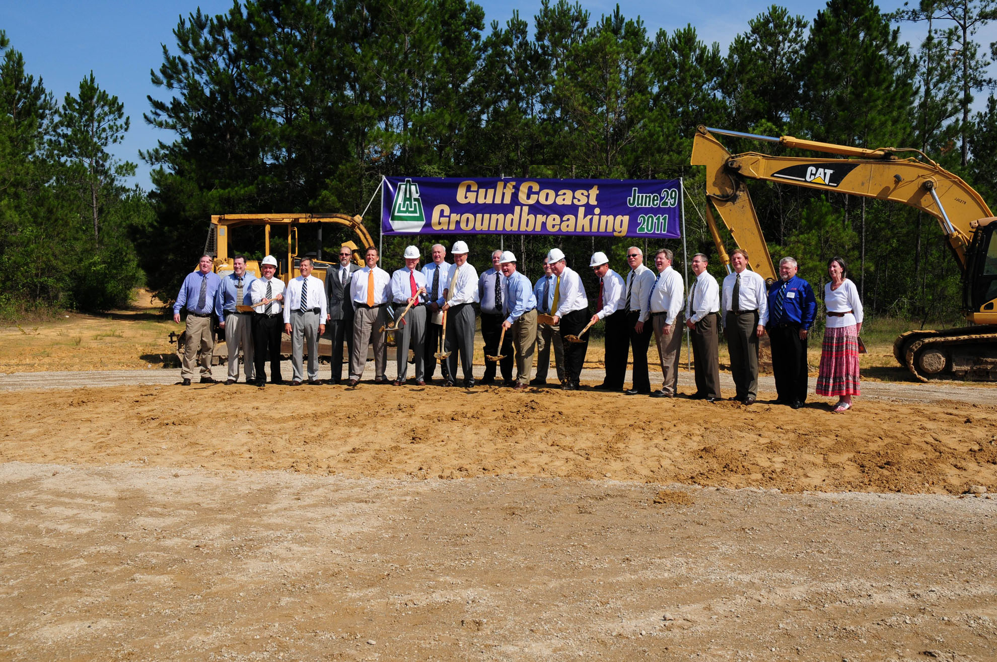 Awg Breaks Ground On Gulf Coast Division Progressive Grocer
