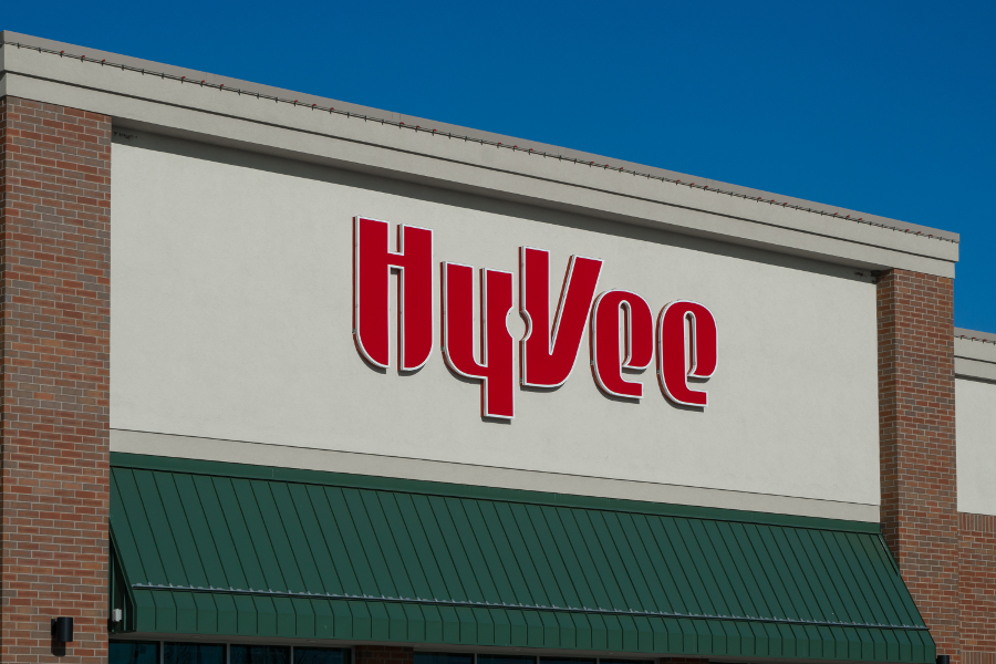 Hy-Vee Teams With Instacart, Shipt to Expand Grocery Delivery
