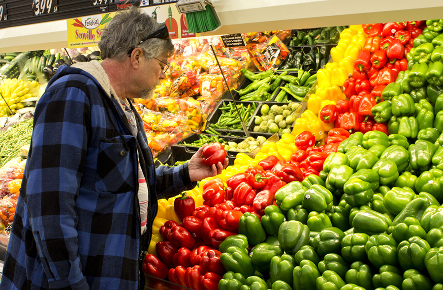 Kroger, Walmart, Albertsons Among Top Grocers Supporting Ethical Charter for Produce Industry