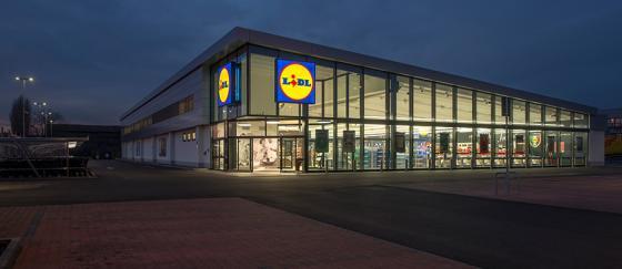 Lidl on Verge of 'Record-Breaking Food Retail Success': Expert Burt Flickinger