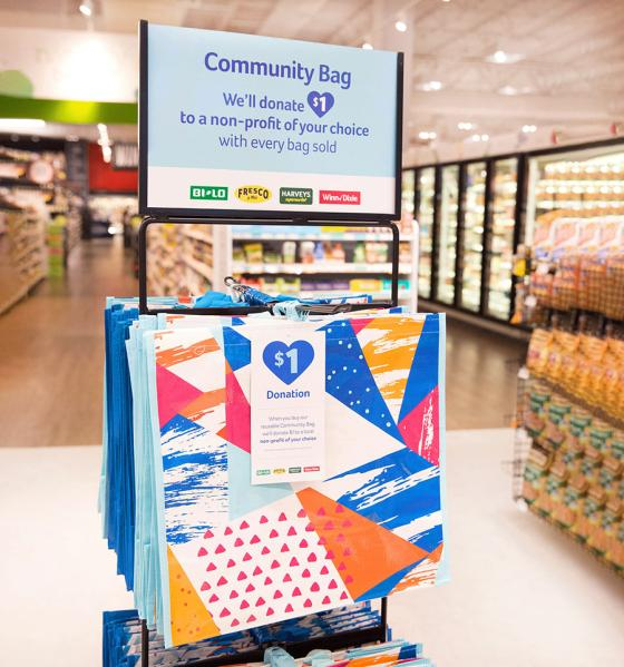 Southeastern Grocers Debuts Community Bag with a Giving Tag Program