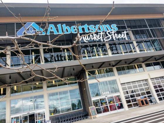 Albertsons Market Street Store is a Food Paradise