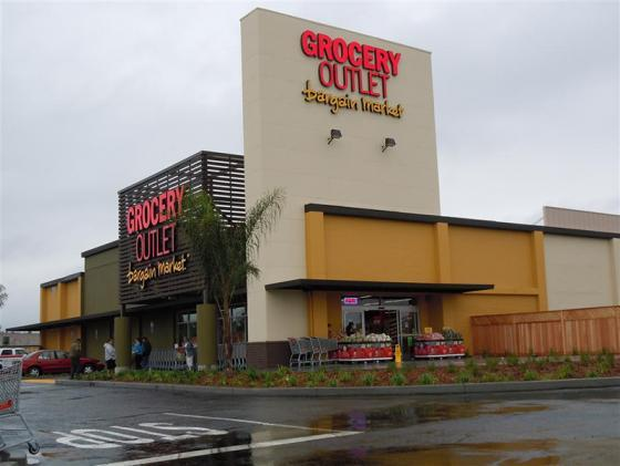 Grocery Outlet Looks to Go Public