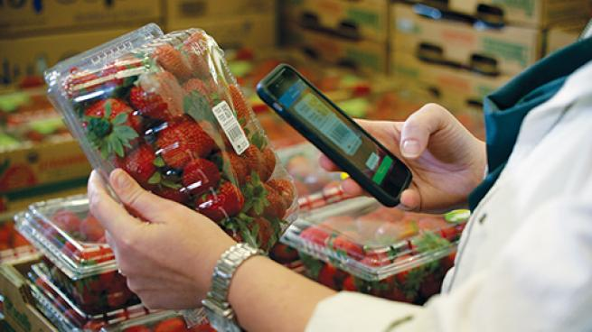 The Strength of the Smartphone for Empowering Customers