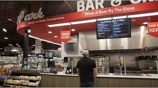 Earth Fare Boosts In-Store Café Food Sales With Digital Signage