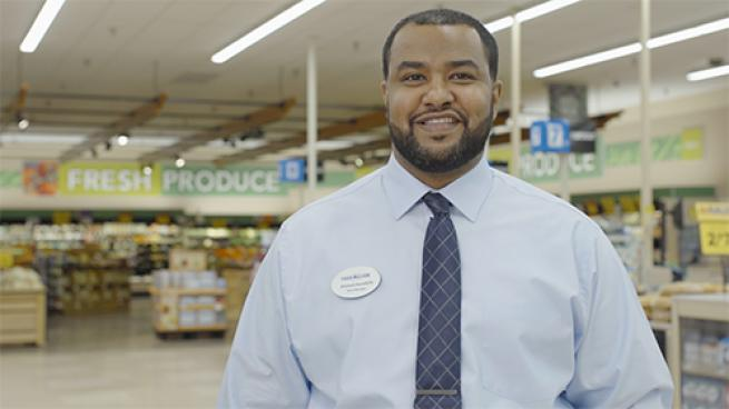 What Warrants Food Lion's Store Manager of the Year Title? Awadalla
