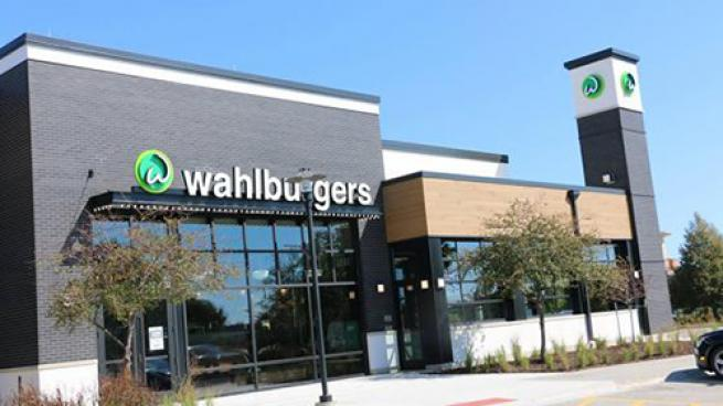 Hy-Vee Changing Market Grilles to Wahlburgers Restaurants