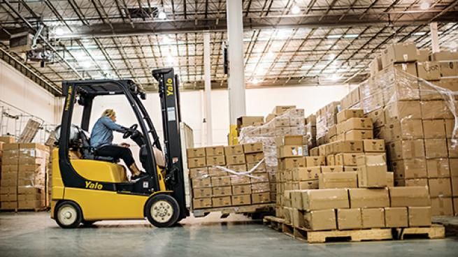 4 Benefits of Propane Forklifts for Grocery Retailers
