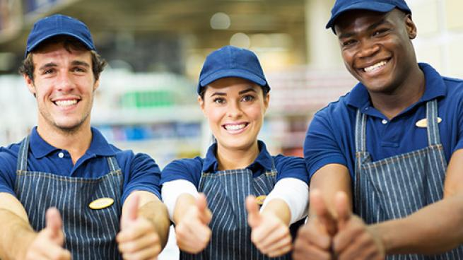 Calls increase to pay food retailer workers more during the pandemic