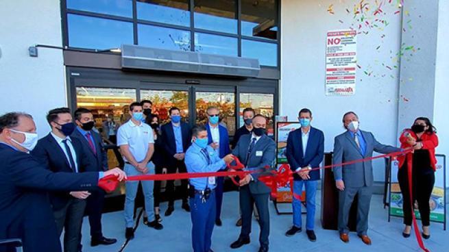 Vallarta Supermarkets Opens 51st Store