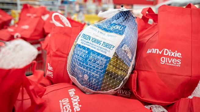Southeastern Grocers Donating 8K Turkeys Winn-Dixie