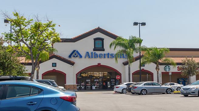 Albertsons Warehouse Workers Vote to Strike