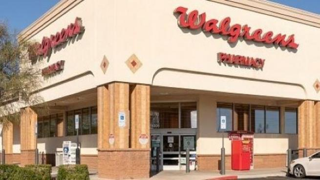 Walgreens, Uber Team to Improve Vaccine Access