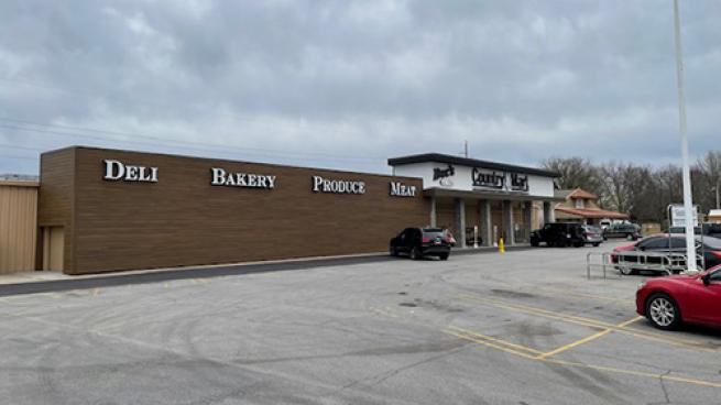 Doc's Food Stores Remodels Country Mart Store Glenpool, Oklahoma