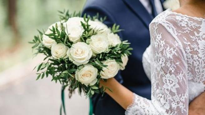 Albertsons Offers Contactless Wedding Flowers