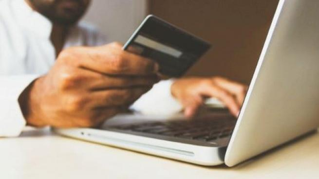 Shoppers Expect Fast, Free Delivery and Are Sticking to Online Grocery Buying: Report