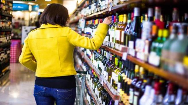Consumers Opt for Brick and Mortar for Beer and Wine