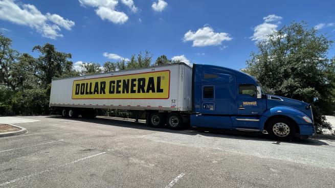 Dollar General Celebrates Fresh Milestone