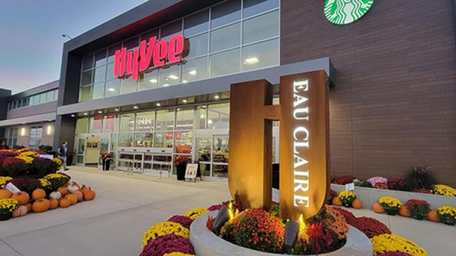 2nd Reimagined Hy-Vee Store Opens Its Doors Eau Claire, Wis.