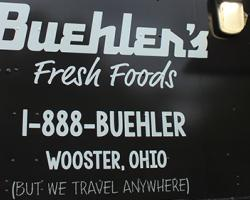 Ohio Independent Grocer Takes Foodservice to the Community