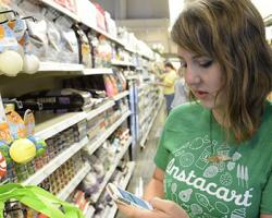 Instacart Defends Safety Measures, Changes Tipping Procedure