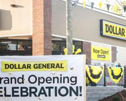Dollar General Takes on Pacific Northwest Food Retailers