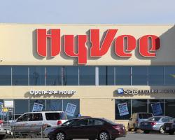 Hy-Vee Makes Fueling Up Safer From COVID-19