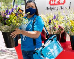 H-E-B, Others Celebrate National Nurses Week