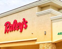 Raley's Opens Temporary E-Commerce Fulfillment Center