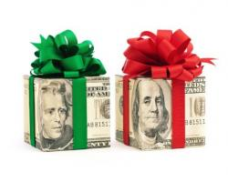 Buehler's Gifts Employees with Holiday Bonuses