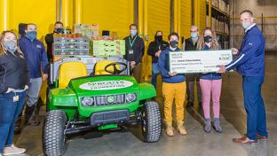 Sprouts Farmers Market Opens Produce Distribution Center Aurora Colorado
