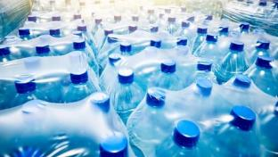 Hy-Vee Donates 25K+ Gallons of Bottled Water Due to PFAS Concerns