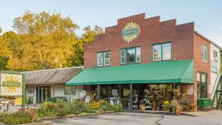 Kimberton Whole Foods Fights Food Waste With Shelf Engine AI