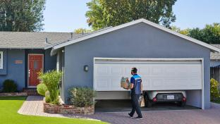Amazon Expanding Garage Grocery Delivery