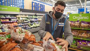 Walmart Making Majority of Associates Full-Time
