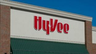 Hy-Vee Opens Store in Twin Cities Area, Plans Other Expansions