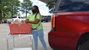 DeCA Expanding Curbside Service to All Locations