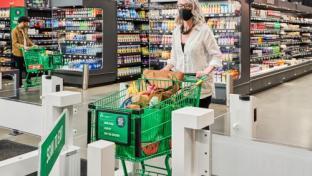 Amazon Ushers In Checkoutless Grocery Era