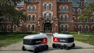 More Food Robots Enroll at College