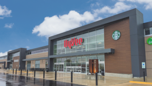 Hy-Vee Picks Wisconsin for Next Reimagined Grocery Concept