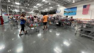 Inflation, Supply Chain Pressures Can't Stop Costco