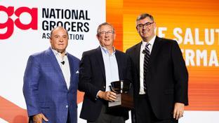 Industry Leaders Recognized by NGA Dennis Belcastro Greg Ferrara Peter J. Larkin