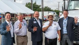 H-E-B Driver Keeps on Trucking to 4M Safe Miles